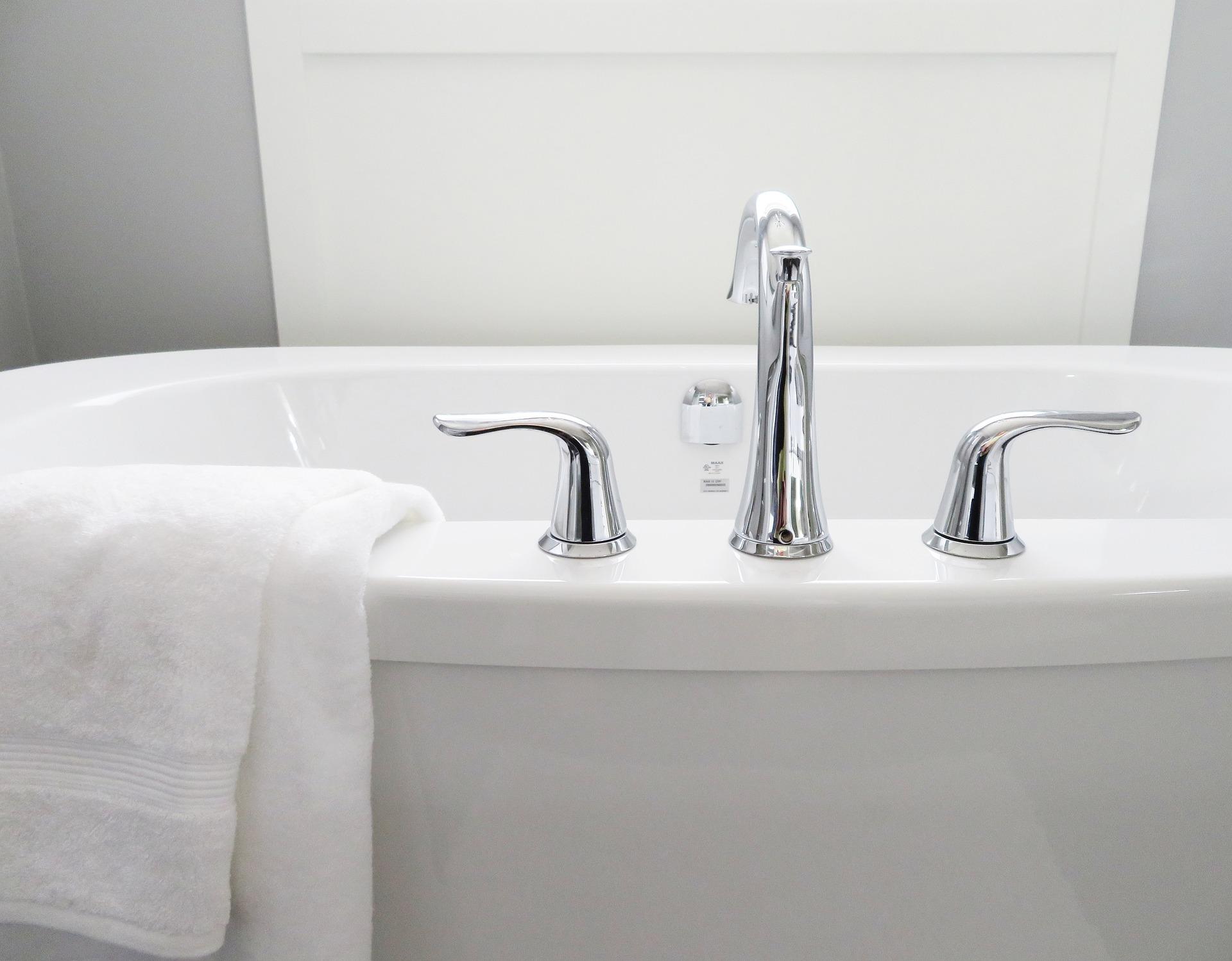 grifo baño domotica