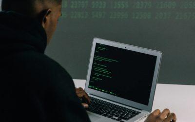 """3 Razones por las que es mejor """"arreglar ordenador"""" y realizar el mantenimiento informático con expertos."""